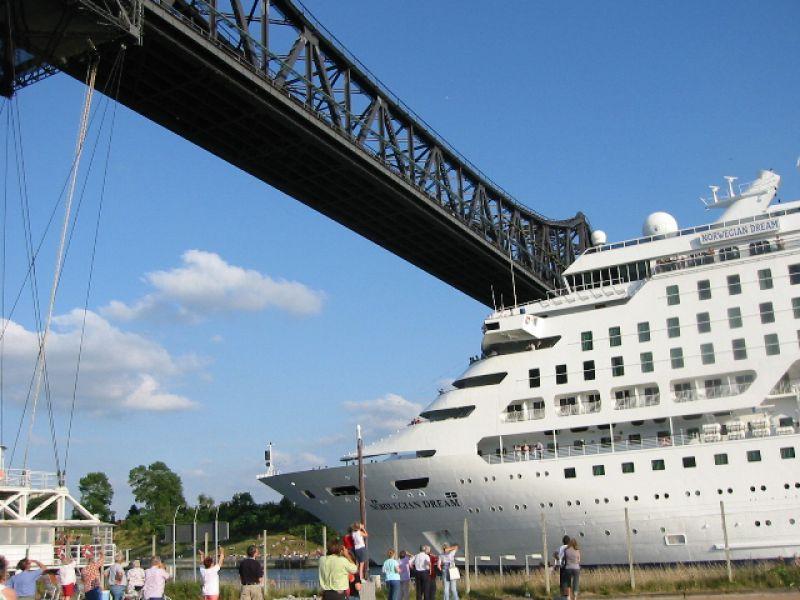 Nord-Ostsee-Kanal-Schiff